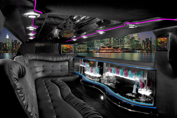 Chrysler 300 limo interior milwaukee