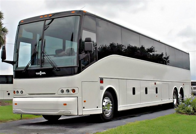 Party Bus Sheboygan WI - Save up to 20% on Party Buses